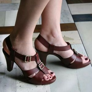 Chie Mihara Xerovo Leather Sandals Costano Brown